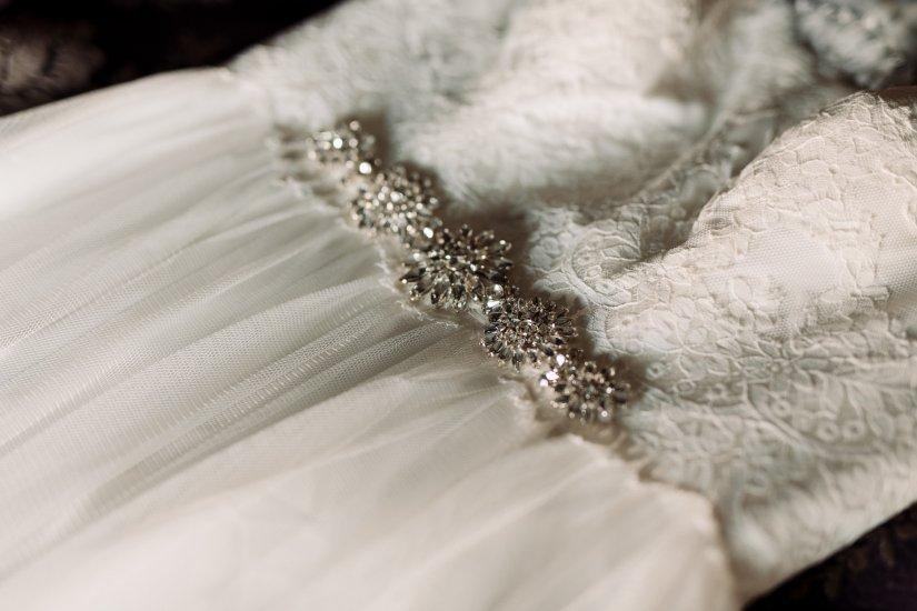 Roberts Wedding-Getting Ready-0110.jpg